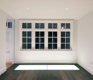 5 & 7 Shafto Mews Knightsbridge London bay window