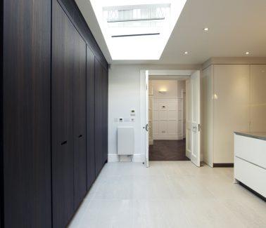 12 Herbert Crescent Knightsbridge kitchen