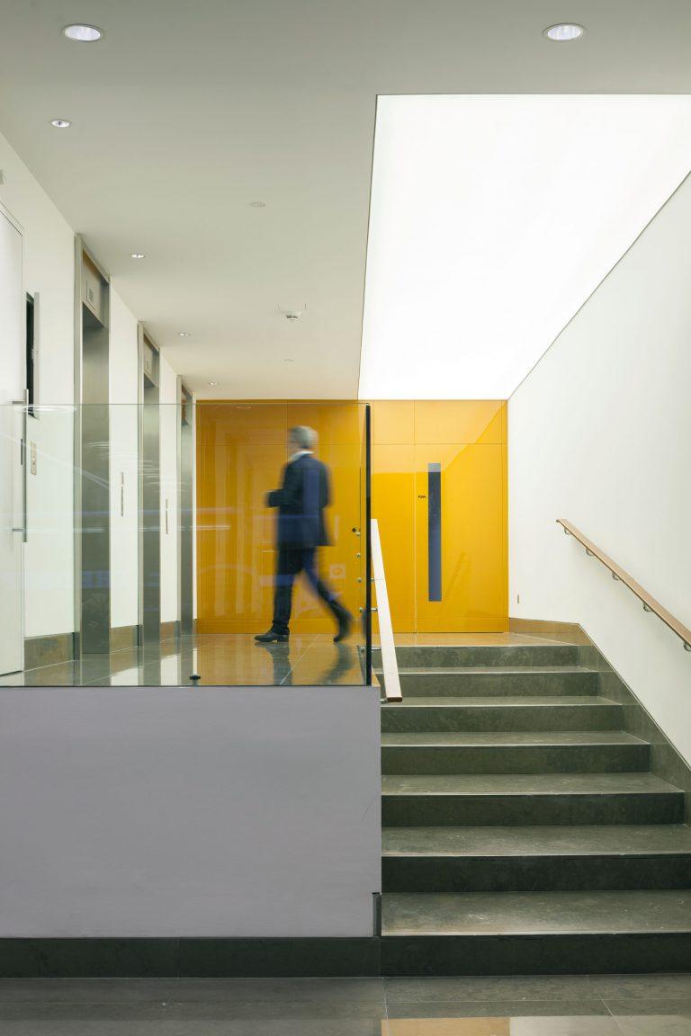 322 High Holborn lift lobby